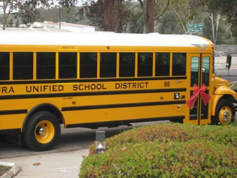 Ventura School District&#39;s new plug-in hybrid electric school bus.