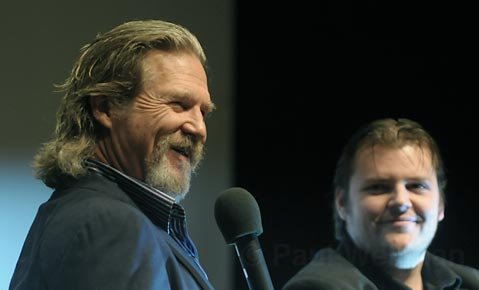 Jeff Bridges takes questions from moderator Kristopher Tapley following a screening of Crazy Heart at the Lobero Theatre Feb. 14, 2010