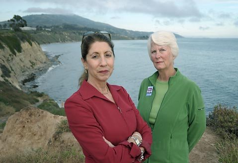 A.L. Bardach (left) and Donna Jordan on the Carpinteria bluffs where Venoco wants to develop its oil-drilling operation.