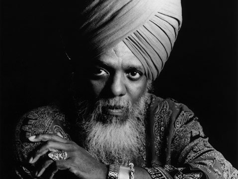 Dr. Lonnie Smith, the reigning king of the Hammond B3 organ, will appear at Live Oak on Sunday, June 20, at 5pm.