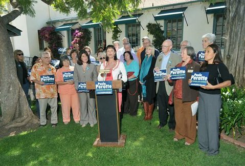 Paula Perotte and her supporters