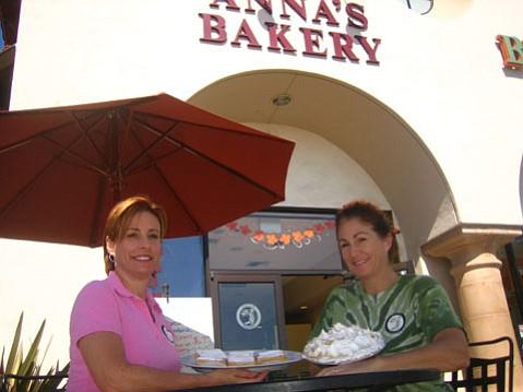 (l-r) Deb Weber and Lisa Boelter