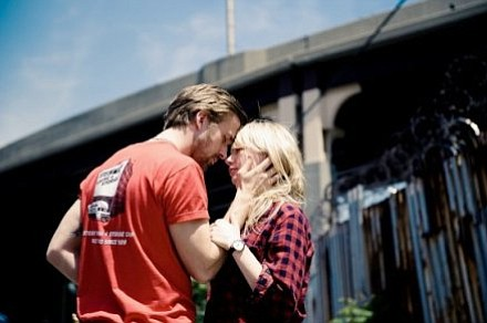 Ryan Gosling and Michelle Williams star in <em>Blue Valentine</em>.