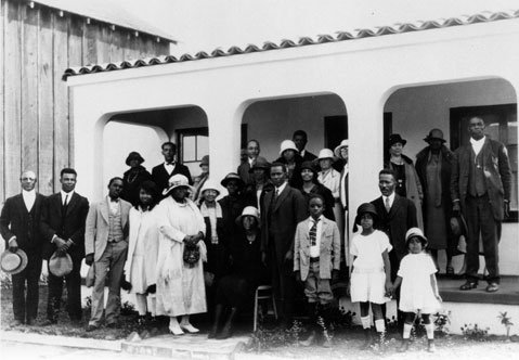 <strong>ACTIVE AND ENGAGED:</strong>  Santa Barbara's African-American population was actively engaged in civic planning and politics as far back as 1926. That's the year that many of the town's black leaders posed outside of this house with none other than Pearl Chase (third from right, on porch), considered to be the mother of the American Riviera's look.