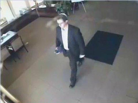Suspect Raymond Davenport in the Goleta bank