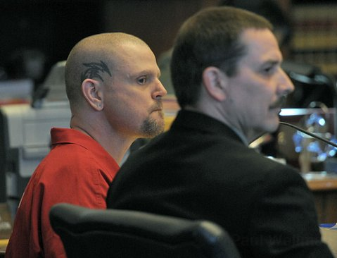 Kenneth Barber (left) and court appointed investigator Ron Rose in Judge Frank Ochoa's courtroom July 25, 2011