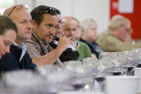 <strong>SMART SIPS:</strong>  A typical scene from Hospice du Rhône, which looks a lot like World of Pinot Noir during the panel tastings.
