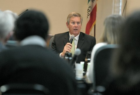 <strong>NEW MODEL:</strong>  During this week's school board meeting, Superintendent David Cash outlined how and why the Santa Barbara Unified School District should take a hard look at reworking the ways it disciplines students who step out of line.