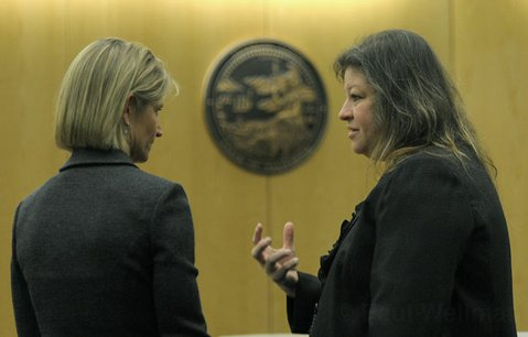 Prosecuting attorney Paula Waldman (left) and defense attorney Deedrea Egar (right)