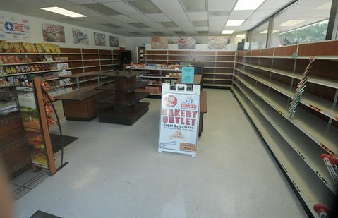 The now-closed Entenmann's-Oroweat Bakery Outlet in Goleta sits nearly empty
