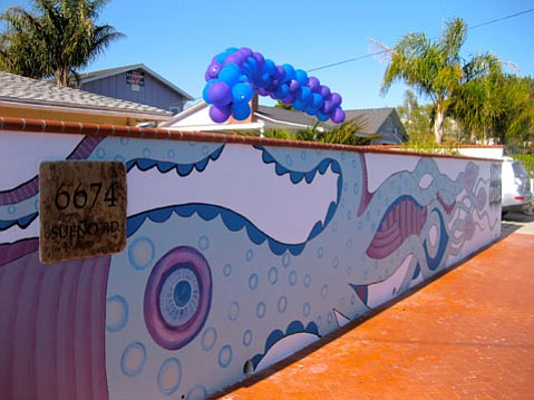 Mural at 6674 Sueno in Isla Vista.