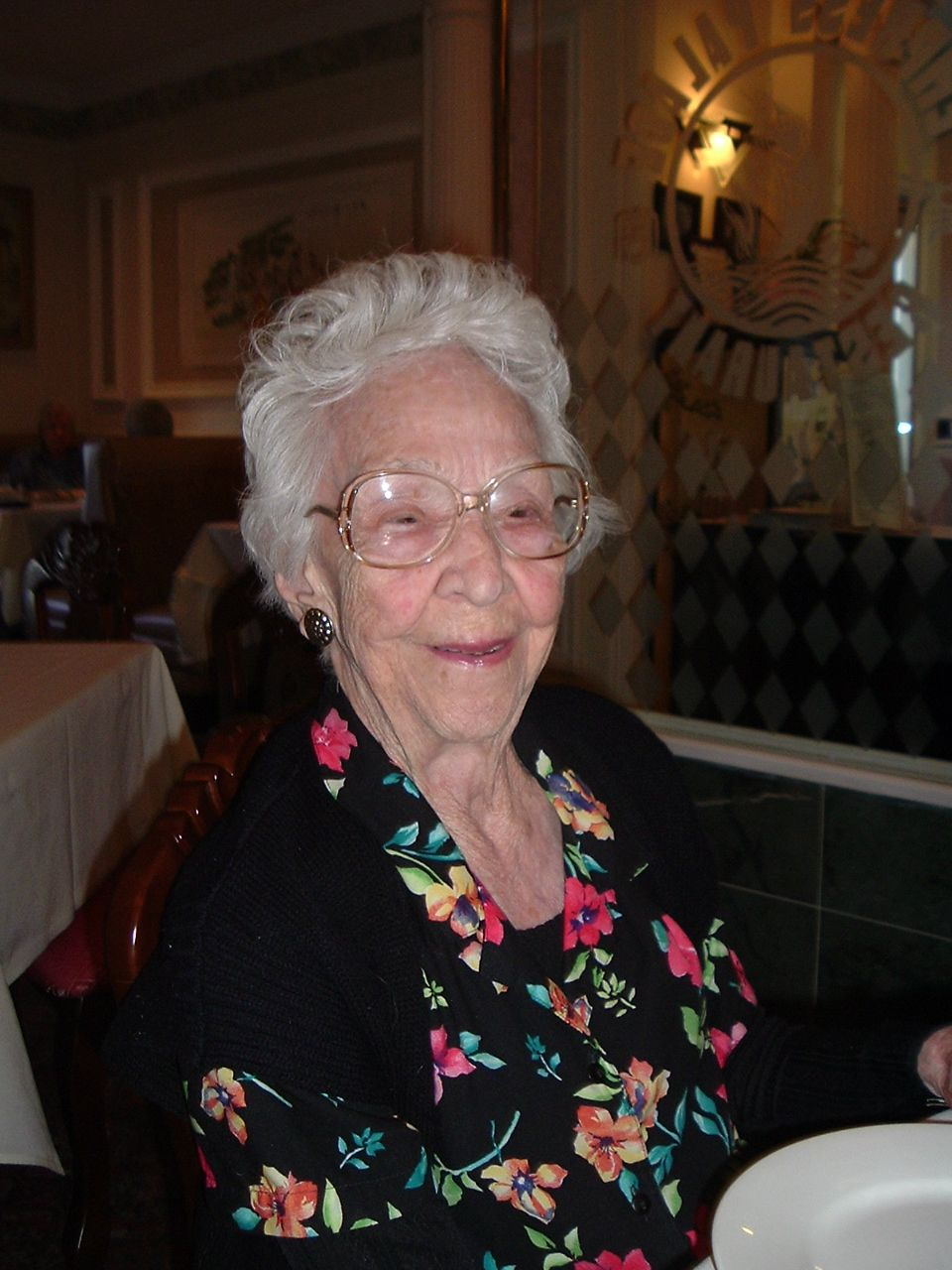Mary Elon Bell Chatham 1910 2012