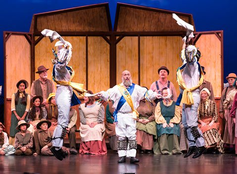 <em>The Christmas Revels</em>at the Lobero Theatre