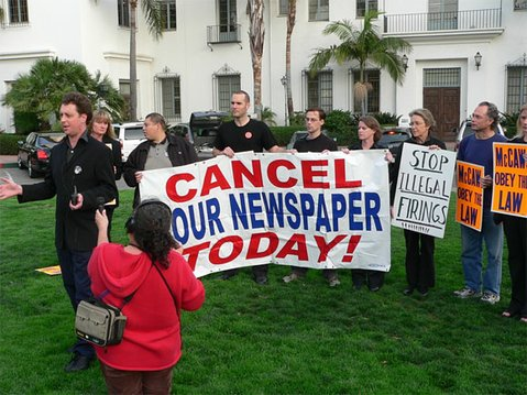Rallying for the right to organize the <em>Santa Barbara News-Press</em> newsroom: Tom Schultz, Dawn Hobbs, Teamsters organizer George Perez, Barney McManigal, Rob Kuznia, Anna Davison, Melinda Burns, John Zant, and Melissa Evans.