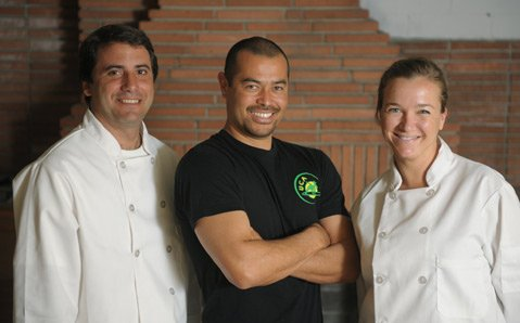 Brasil Arts Caf owner Daniel Chin Yoshimi (center) with his chefs Carlos Lima and Lica Sfredo.