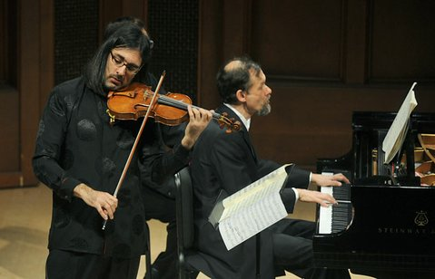 Leonidas Kavakos accompanied by Enrico Pace at MAW&#39;s Hahn Hall (Feb. 15, 2013)