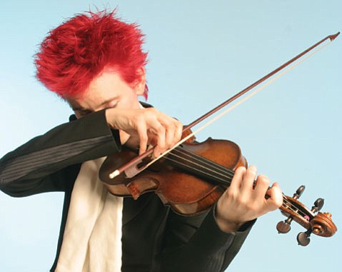 <b>STRING THEORY:</b>  Violinist Aisslinn Nosky joins the Handel and Haydn Society of Boston at UCSB May 1st.