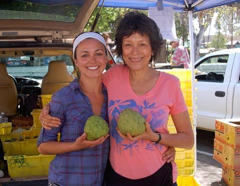 Sierra Brown (left) at California Tropics
