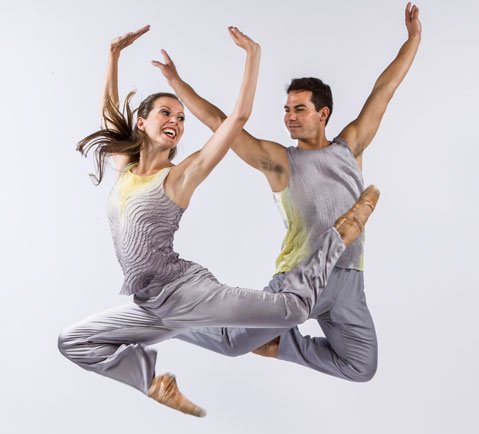 <b>FURTHER TO FLY:</b>  Anna Carnes (left) and Ryan Camou dance to the music of Paul Simon for choreographer Peter Pucci's <i>Dream On By</i>.