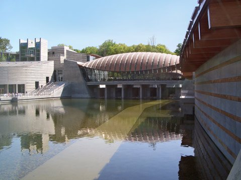 The Crystal Bridges Museum of American Art in Bentonville, Arkansas, was founded by Alice Walton in 2005.