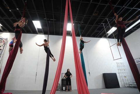 <b>HIGH CLASS:</b> SBCAA owner Ninette Paloma supervises a group of advanced aerialists.