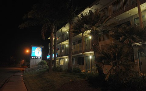 <b>HARD LIVING:</b>  There were 302 calls to law-enforcement dispatchers from the Motel 6 on Via Real in Carpinteria  over a three-year span.