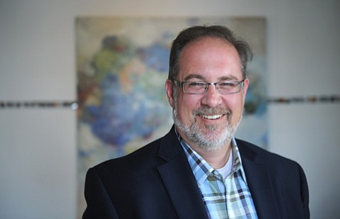 <b>NEW BLOOD:</b>  After nearly 10 years as president of the Bellingham/Whatcom Chamber of Commerce in the state of Washington, Ken Oplinger is taking over Santa Barbara's version of the same organization.