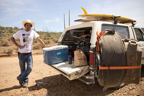 Jesse Aizenstat in Baja California searches out panga smugglers