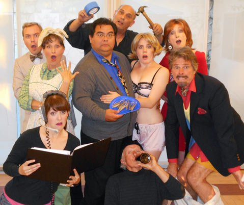 The cast of <em>Noises Off</em>.