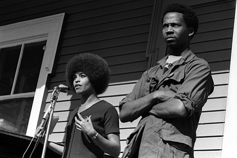 <b>GOT TO BE FREE: </b>Professor and activist Angela Davis speaks out in <i>Free Angela and All Political Prisoners</i>. The film screens October 10 at UCSB.