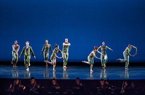 UCSB Arts & Lectures presented the luminary modern dance group alongside the Calder Quartet on Wednesday, October 16.