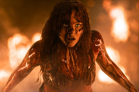 Chloë Grace Moretz turns in great performances in this bloody rehashing of the 1976 horror classic.