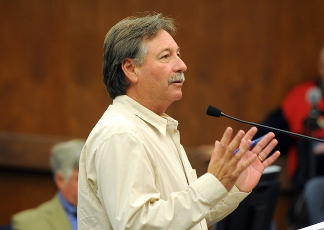 Chris Dahlstrom speaks before the County Board of Supervisors (Nov. 5, 2013)