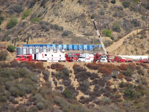 <b>WHAT FRACKING LOOKS LIKE:</b>  According to Los Padres ForestWatch, this system is being used for fracking in the Sespe Oil Field, an area of the Los Padres National Forest north of Fillmore.