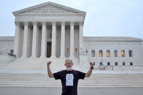 <b>BIG MAN ON CAMPUS:</b>  Peace activist Dennis Apel took his case all the way up the food chain.