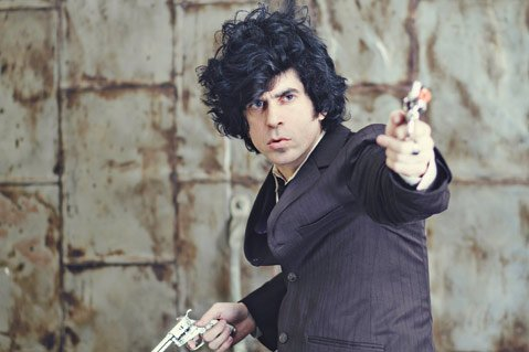 <b>SHAKE THE SHACKLES:</b>  Musician, author, filmmaker, and iconoclast Ian Svenonius returns to Santa Barbara on January 8 with D.C. band Chain & The Gang.