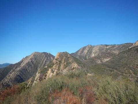 Twin Perch (center), La Cumbre Peak (right), and Arlington Peak (left).