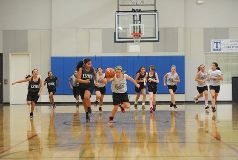 <b>IT TAKES A COMMUNITY:</b> The Stars had a breakaway opportunity, with the Lynx in hot pursuit. Founded