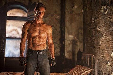 <b>DEAD ON ARRIVAL:</b>  Star Aaron Eckhart fails to bring much life to the campy yet visually engrossing <i>I, Frankenstein</i>.