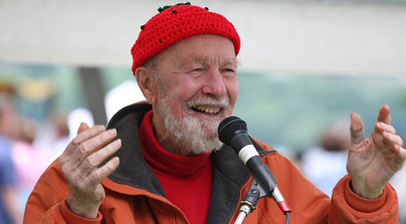Folk music legend Pete Seeger passed away on January 27 at 94 years old.