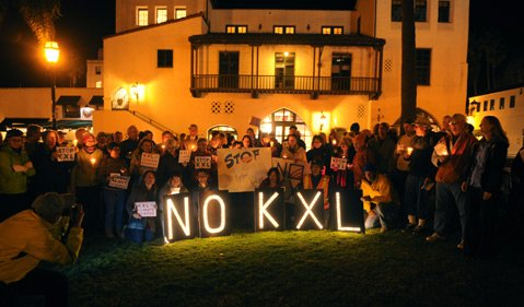 Rally against the proposed Keystone XL pipeline .