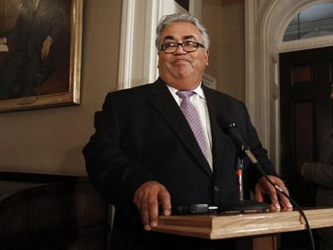 <b>CORRUPT? </b> State Senator Ron Calderon is accused of taking $100,000 in bribes.