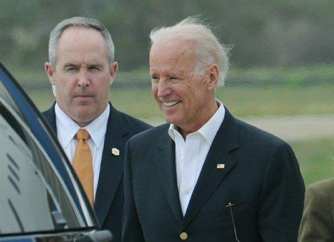 Vice President Joe Biden arrives in Santa Barbara (Mar. 21, 2014)