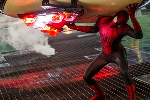 <b>CITY SLINGER:</b>  Peter Parker (Andrew Garfield) faces a band of baddies in <i>The Amazing Spider-Man 2</i>.