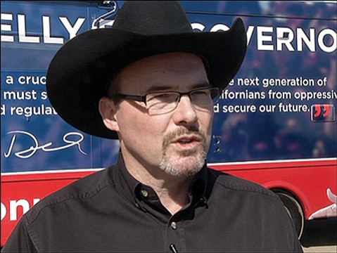 <b>ONE-MAN SHOW:</b> Tim Donnelly, a Tea Party member running for governor, has rankled and alienated a number of his fellow Republicans.