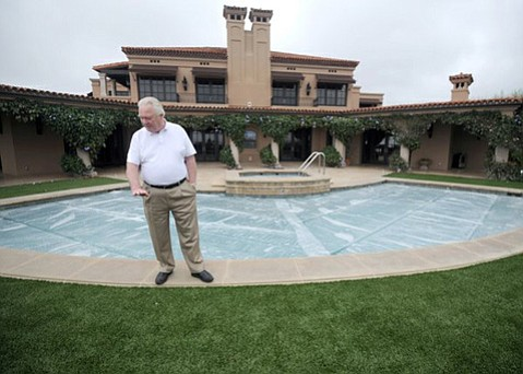 Larry Reiche, owner of a one-acre estate on Woodley Road on Pepper Hill, is spending $200,000 to slash his water use by more than two-thirds. Reiche has embarked on a landscaping makeover, replacing 3,500 square feet of grass with artificial turf in order to conform with his drought allocation from the Montecito Water District. He has appealed to the district to waive $780 in penalties for April and May that he says were caused by a leaking dishwasher line. Covering the pool saves 2,500 gallons of water monthly that otherwise would be lost to evaporation, Reiche says.