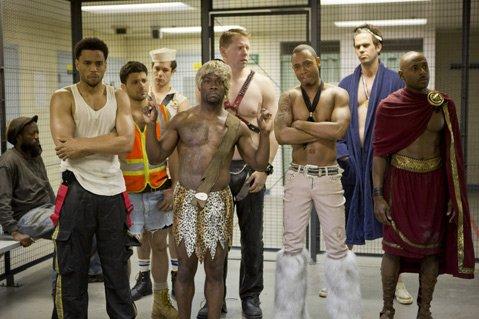 <b>VIVA LAS VEGAS:</b>  Kevin Hart (center) leads the Las Vegas antics in the mile-a-minute rom-com <i>Think Like a Man Too</i>.