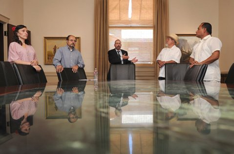 """<b>SETTING IT STRAIGHT:</b>  Attorney Barry Cappello (center) and plaintiffs hovered around conference table chairs as he addressed what he called """"misconceptions"""" about his voting-discrimination lawsuit."""