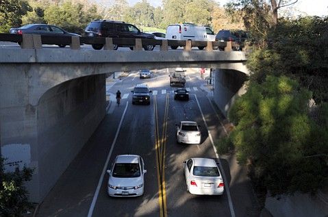 <b>CRAMMED:</b>  A new environmental group says the analysis of the freeway widening project is seriously deficient and filed legal action to make changes.