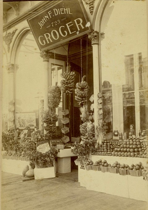 Diehl's Grocery opened on State Street in 1891, and its displays dazzled the palate.